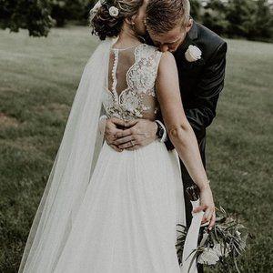 Theia Alicia 890363 Wedding Gown Size 8 NWT $1,795